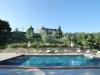 Vista della piscina e della villa